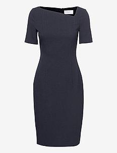 Dakera - cocktail-kjoler - open blue