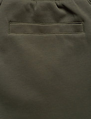 BOSS - Hadiko TR - sweatpants - dark green - 6