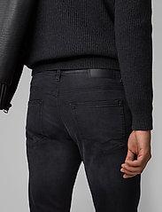 BOSS - Delaware BC-P - slim jeans - black - 4