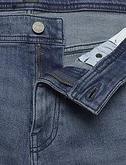 BOSS - Taber-Shorts BC-C - denim shorts - bright blue - 7