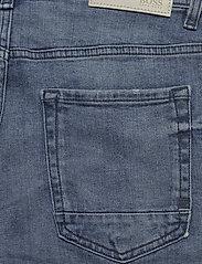 BOSS - Taber-Shorts BC-C - denim shorts - bright blue - 8