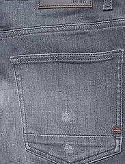 BOSS - Delaware BC-L-P - slim jeans - medium grey - 4