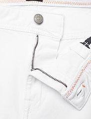 BOSS - Delaware BC-L-P - regular jeans - white - 3