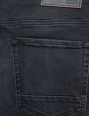 BOSS - Taber BC-P - tapered jeans - navy - 4