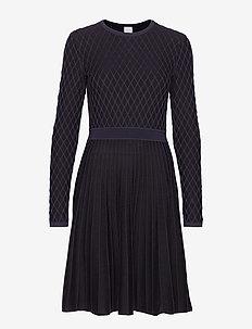 Wedressy - BLACK