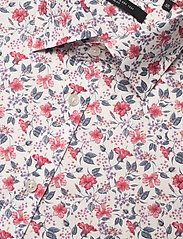Bosweel Shirts Est. 1937 - Red flowers on white - chemises décontractées - red - 3
