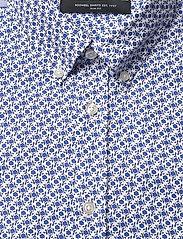Bosweel Shirts Est. 1937 - Small flowers on white Oxford - chemises décontractées - blue - 2