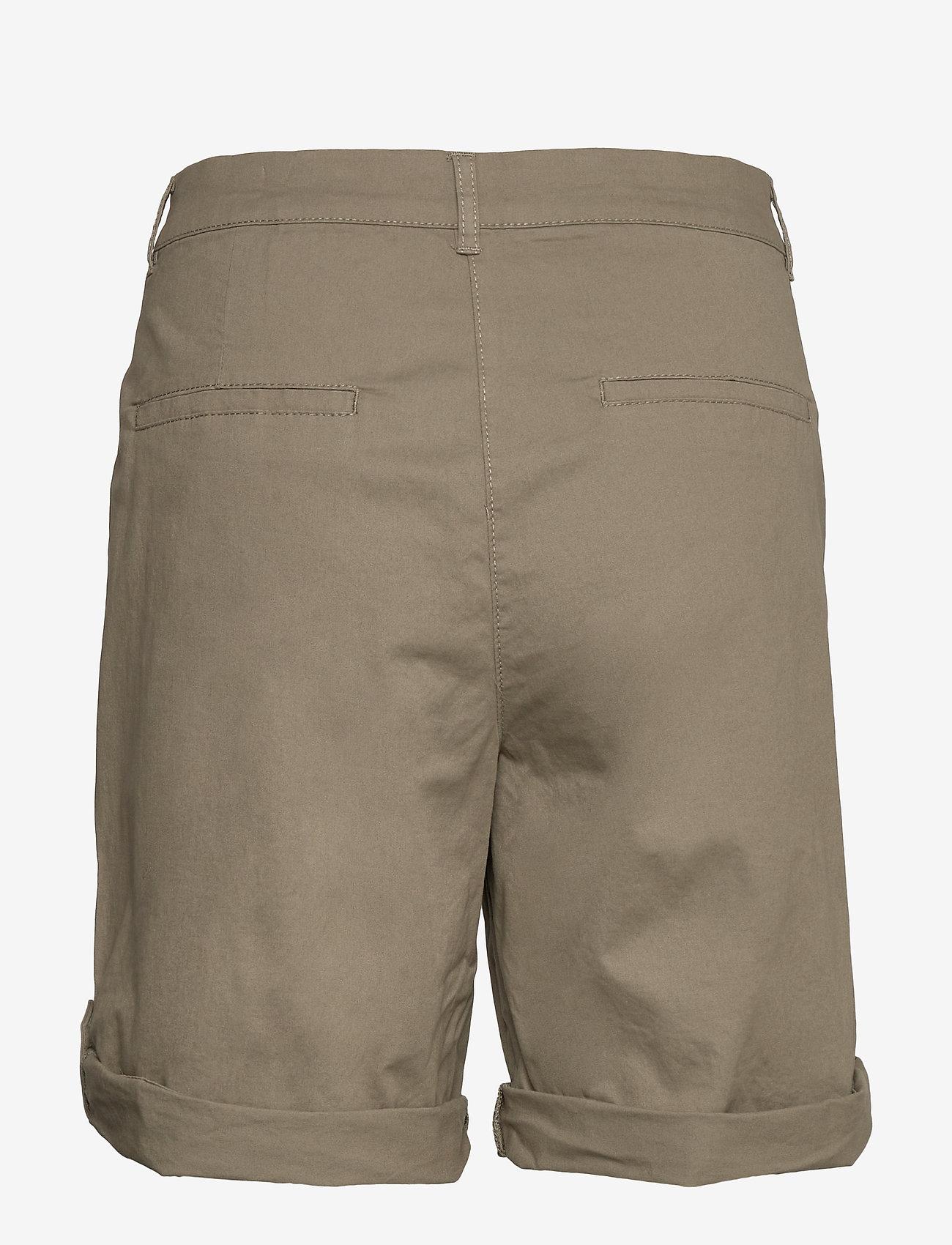 Brandtex Casual shorts - Szorty DEEP LICHEN GREEN - Kobiety Odzież.