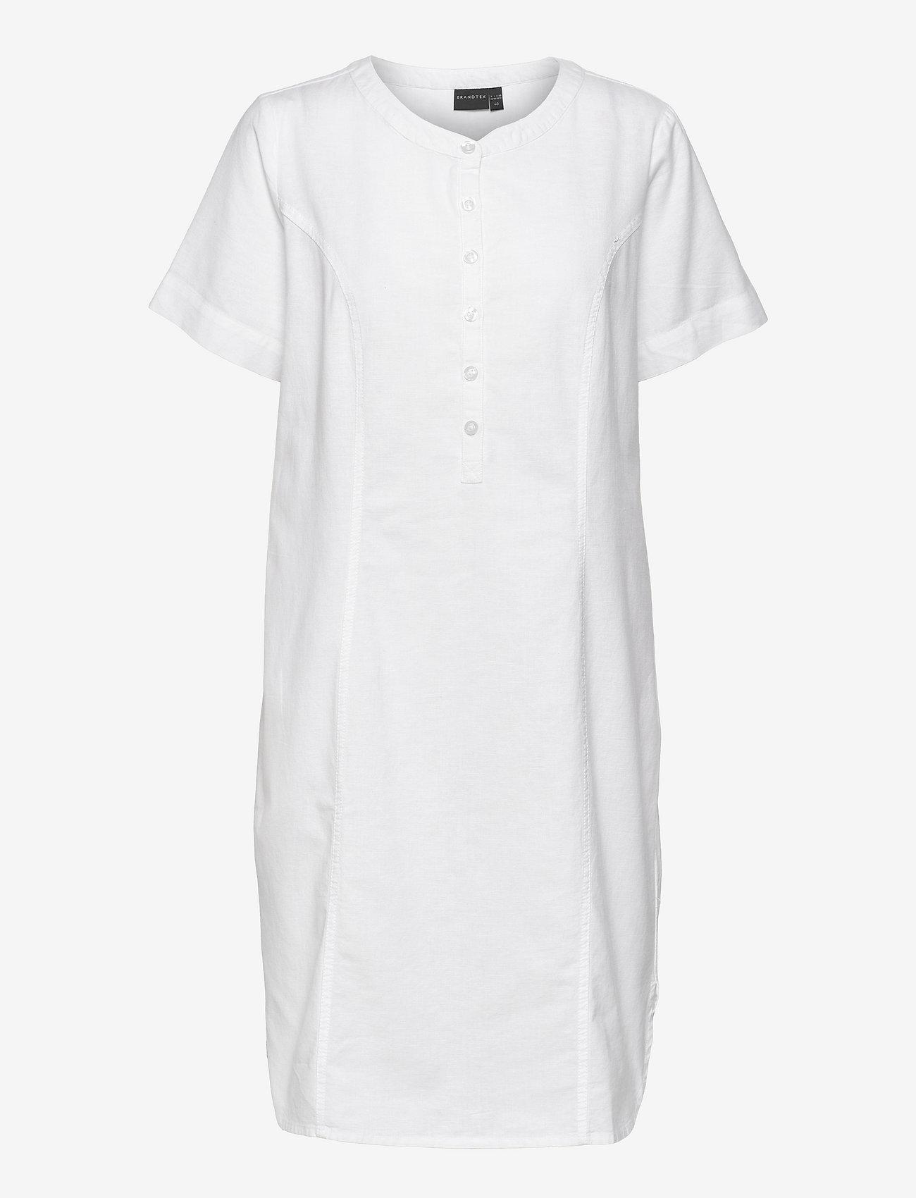 Brandtex - Casual dress - sommerkjoler - white - 1
