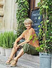 Brandtex - Capri pants - bukser med brede ben - deep lichen green - 0