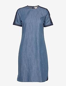 Casual dress - jeansowe sukienki - washed blue