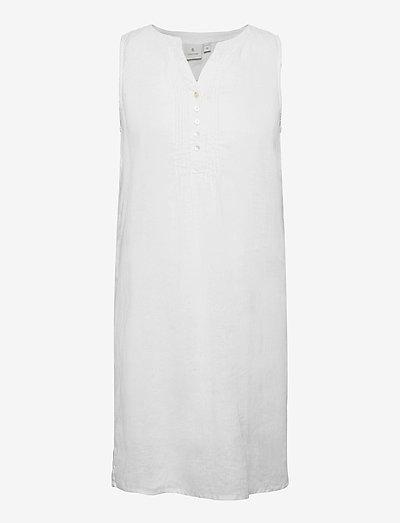B. Copenhagen Casual dress - sommerkjoler - white