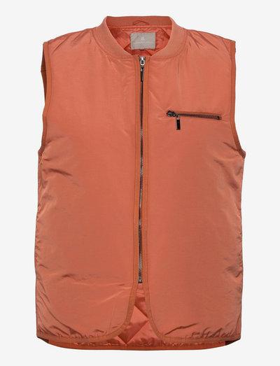 B. Copenhagen Waistcoat Outerwear - vestes rembourrées - apricot