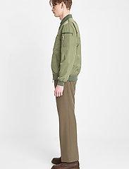 Brixtol Textiles - Harris - bomberjacks - light olive - 4