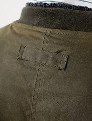 Brixtol Textiles - D.W Bomber - bomber jakke - olive - 7