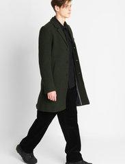 Brixtol Textiles - Ian - ullfrakker - olive - 3