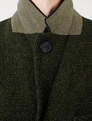 Brixtol Textiles - Ian - ullfrakker - olive - 6