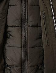 Brixtol Textiles - Livingstone - parkas - olive - 15