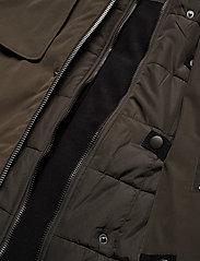 Brixtol Textiles - Livingstone - parkas - olive - 19