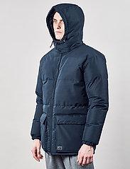 Brixtol Textiles - Bez - kurtki puchowe - dark navy - 10