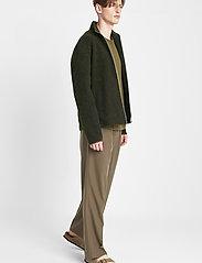 Brixtol Textiles - Seven - basisstrikkeplagg - olive - 3