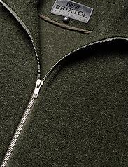 Brixtol Textiles - Seven - basisstrikkeplagg - olive - 6