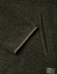 Brixtol Textiles - Seven - basisstrikkeplagg - olive - 7