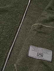 Brixtol Textiles - Seven - basisstrikkeplagg - olive - 8