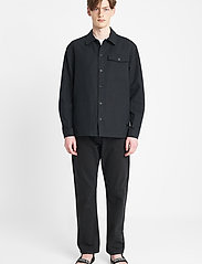 Brixtol Textiles - Frank Linen - tops - black - 0