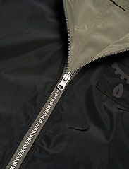 Brixtol Textiles - A.J Reversible - bomber jakker - black/light olive - 12