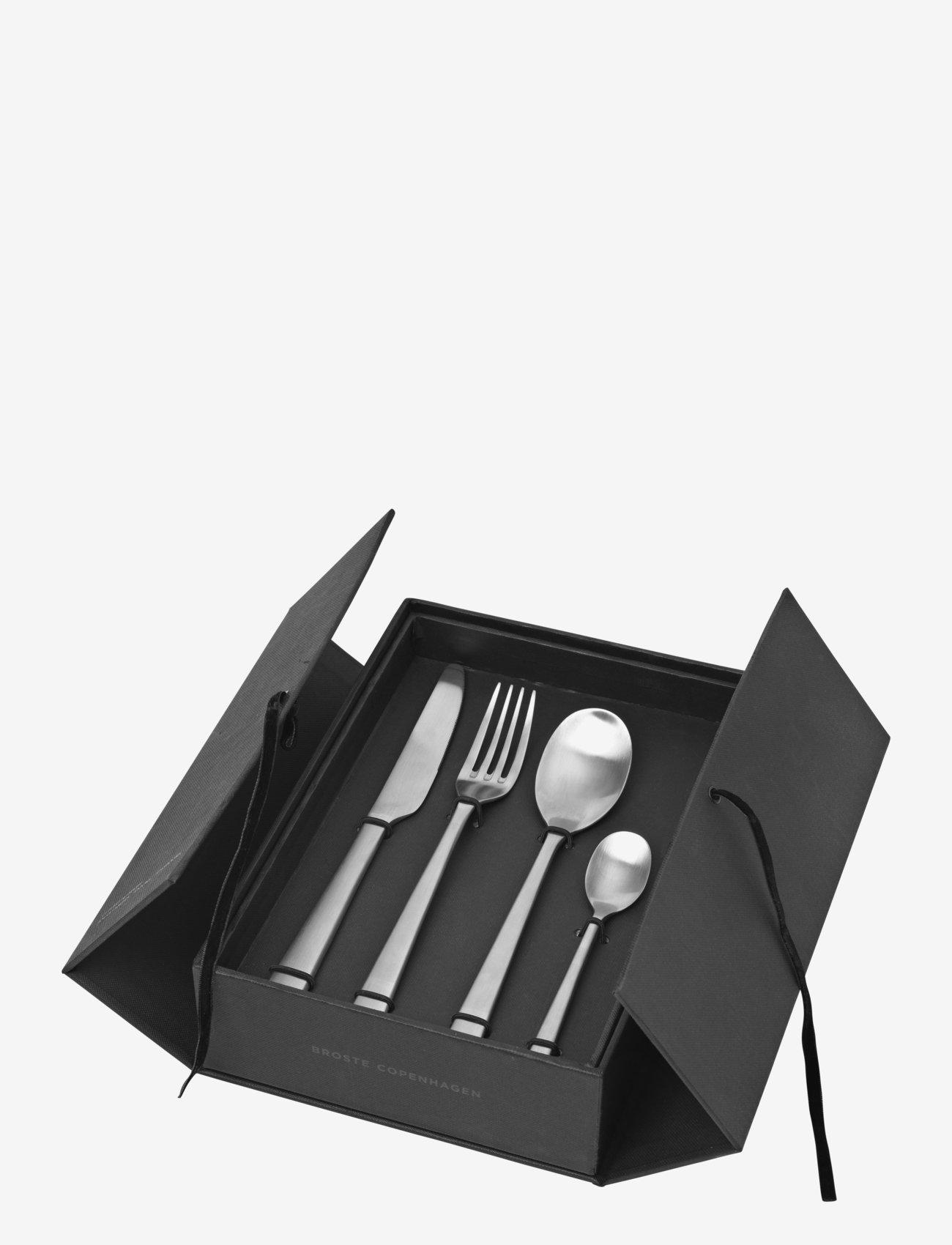 Broste Copenhagen - Cutlery set Hune - 16 pcs - bestikksett - brushed satin - 0