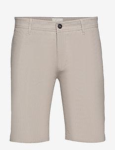 BS Cut Slim - tailored shorts - sand