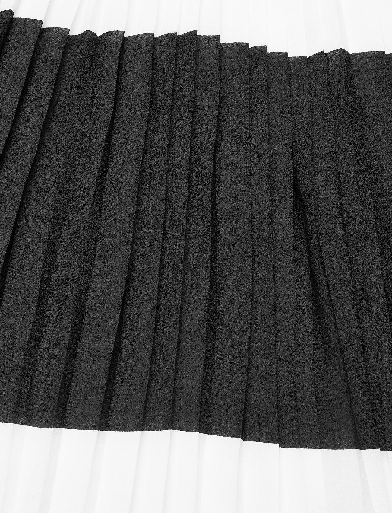Alia Carmen Skirt  - Bruuns Bazaar