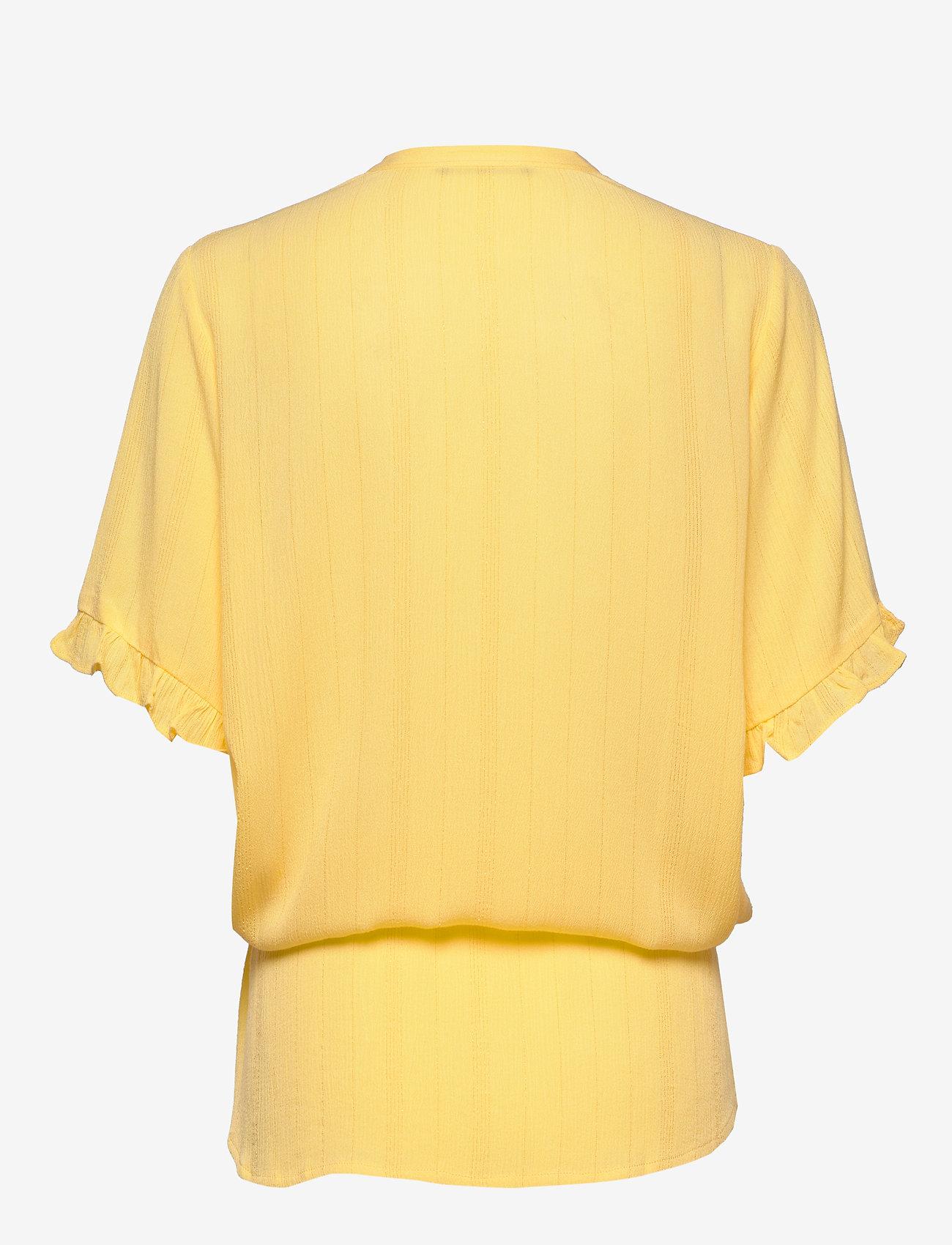 Bruuns Bazaar - Nori Mailly top BZ - blouses à manches courtes - lemon drop - 1