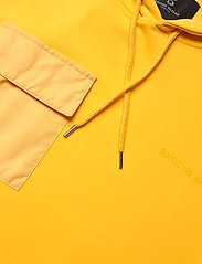 Bruuns Bazaar - Bertel Utility Sweat - basic sweatshirts - bright yellow - 2