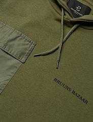 Bruuns Bazaar - Bertel Utility Sweat - basic sweatshirts - sage green - 2
