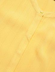 Bruuns Bazaar - Nori Mailly top BZ - blouses à manches courtes - lemon drop - 2