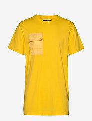 Bruuns Bazaar - Gustav Utility t-shirt - t-shirts basiques - bright yellow - 0