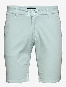 Dennis Poul shorts - ICE