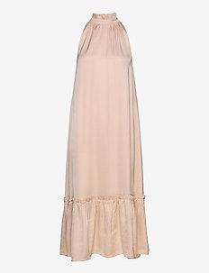 Baume Sassy dress - lange skjørt - cream rose