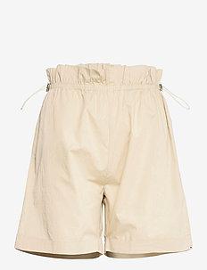 Freyie Denni shorts - paper bag shorts - sand