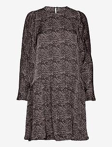 Becca Chain dress - robes de jour - black aop
