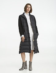 Celia down coat - BLACK