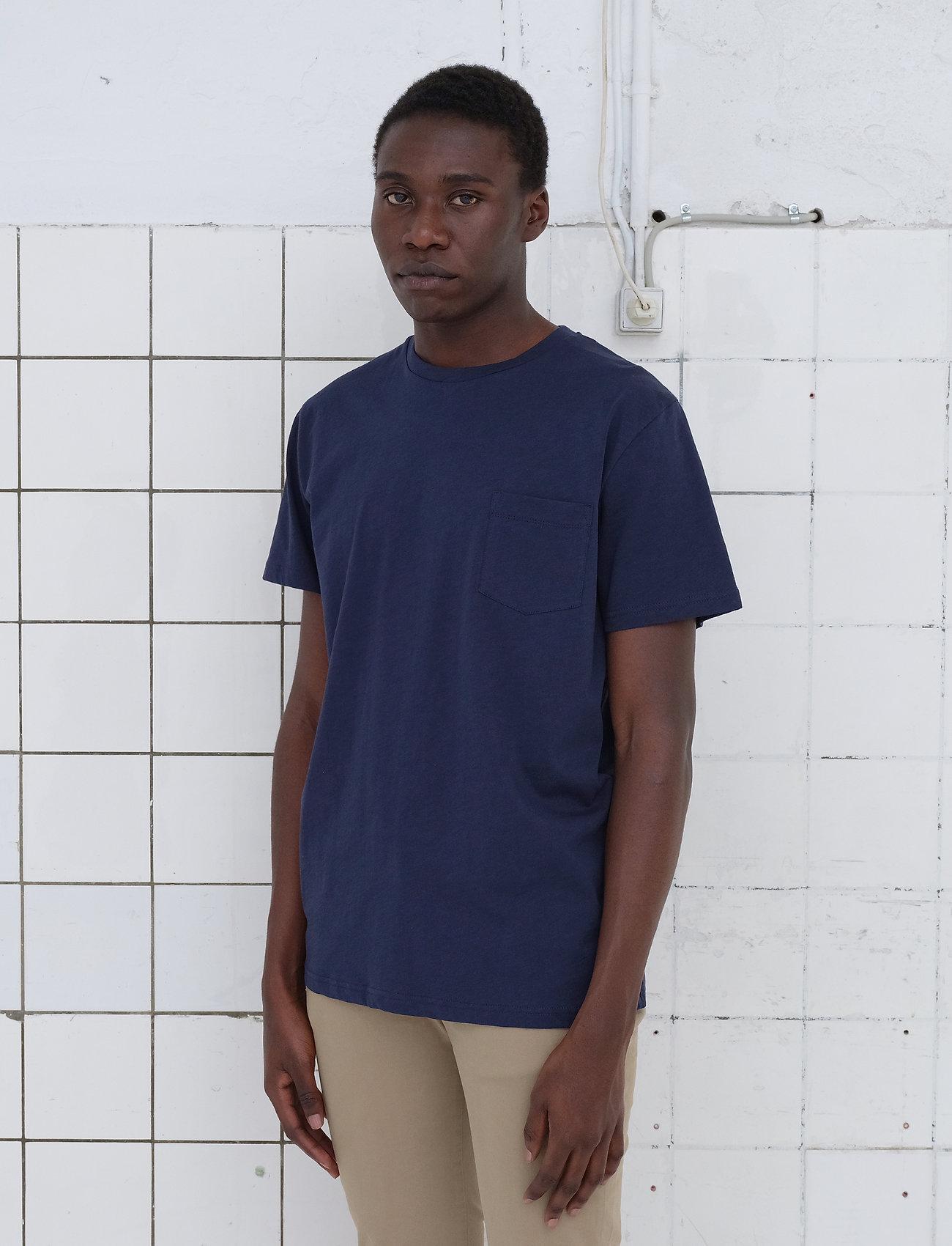 By Garment Makers - The Organic Tee w. pocket - podstawowe koszulki - navy blazer - 0