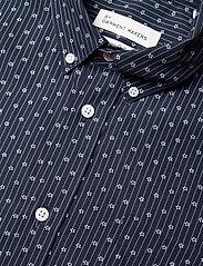 By Garment Makers - Valde - chemises de lin - navy - 4