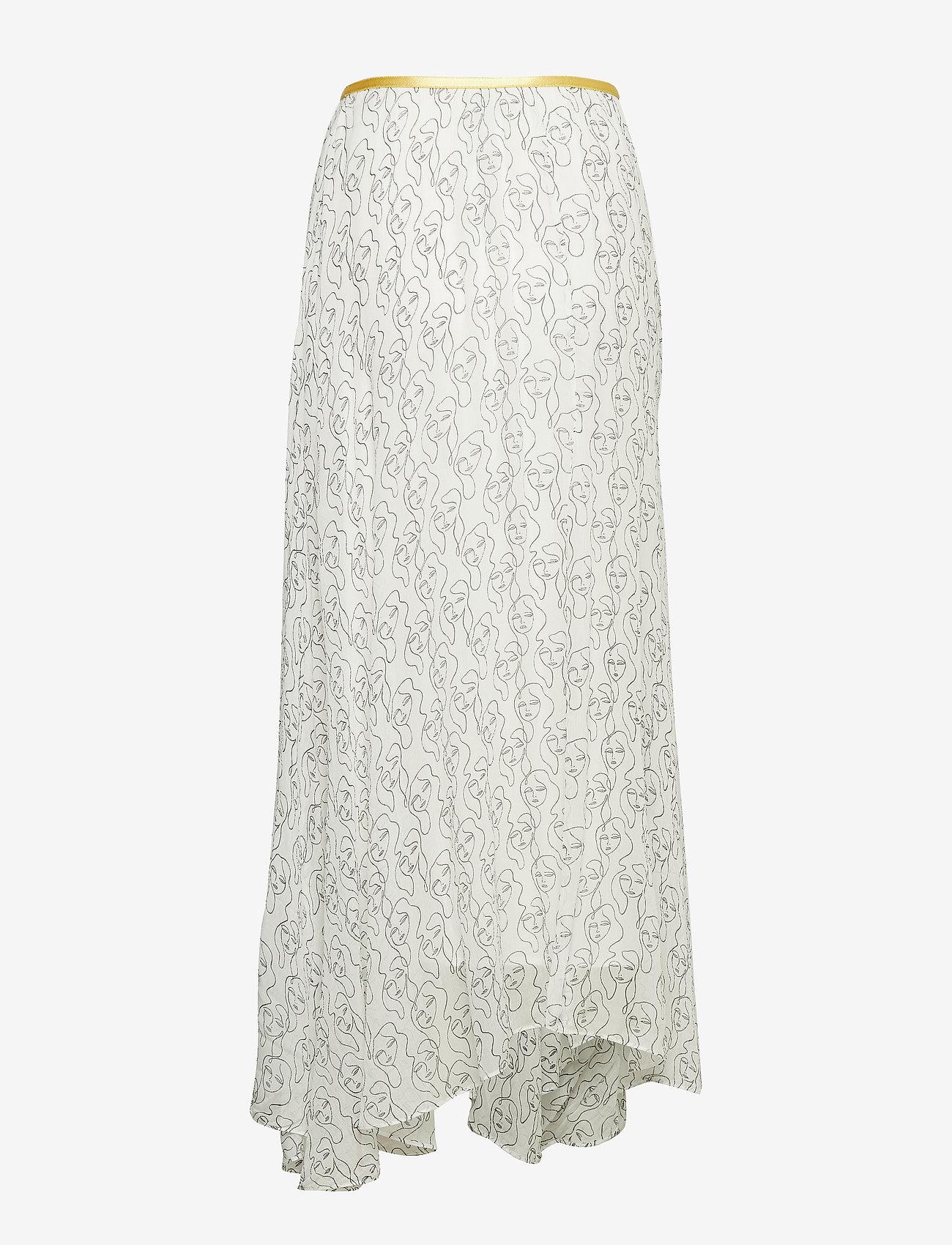 Ski1011s91 (Soft White) (1799.50 kr) - By Malene Birger