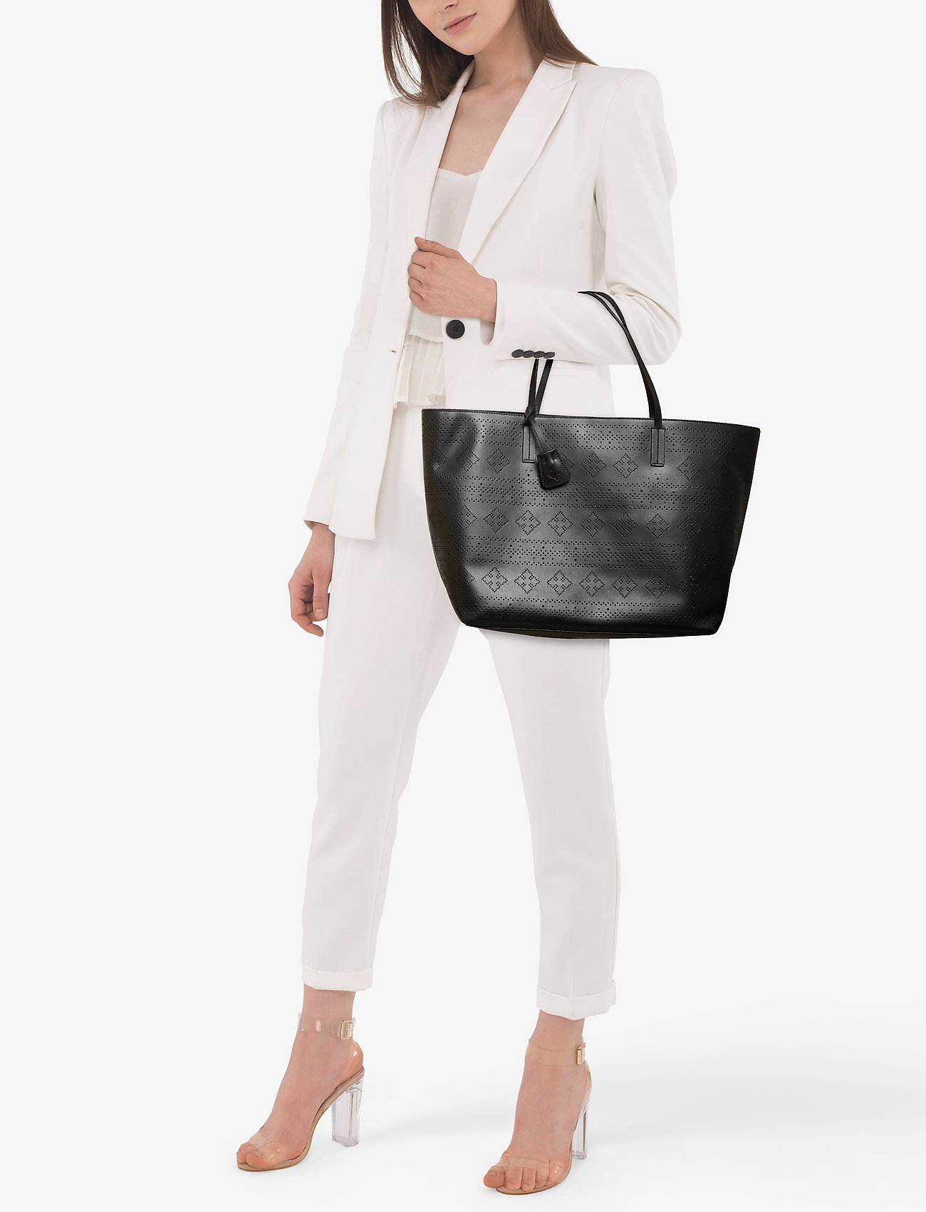 By Malene Birger EVIN TOTE