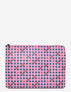 IVY LAPTOP - data vesker - vibrant pink