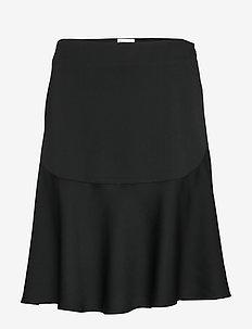 LEELA - BLACK