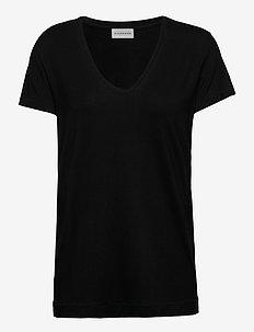 FEVIA - t-shirts - black